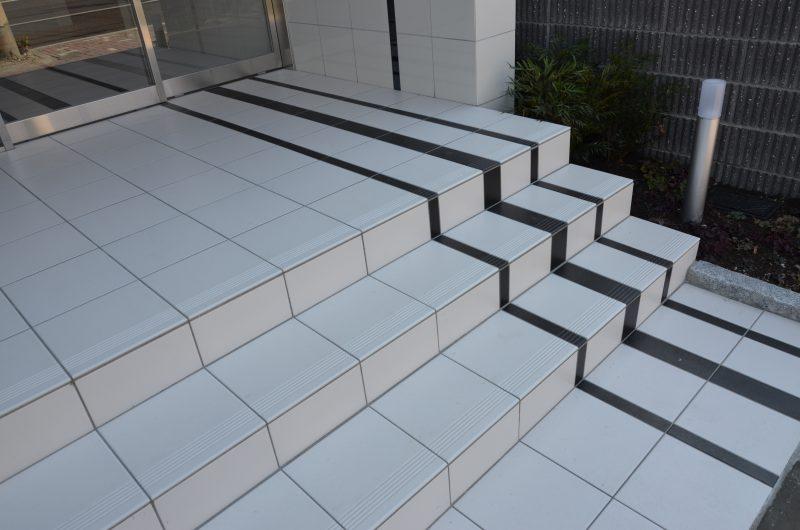 階段のラインの違い 分かりますか?