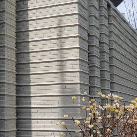 外壁 ボーダータイル 特注品 長江陶業 湿式タイル 無釉タイル エントランス 外構タイル 外壁タイル